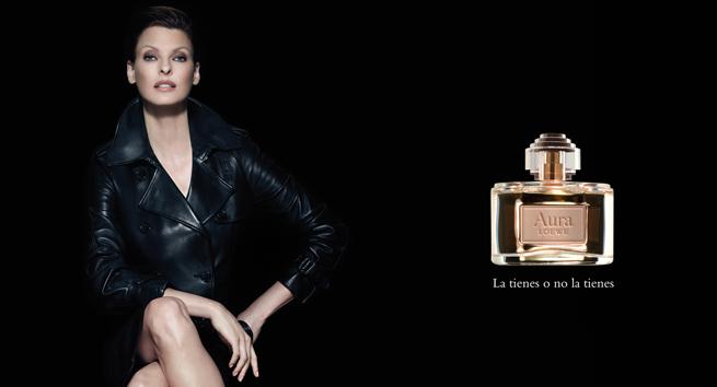 linda-evangelista-imagen-perfume-aura-loewe1