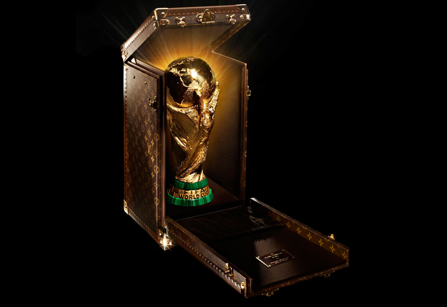 Louis-Vuitton-Designs-Trophy-Case-for-the-2014-FIFA-World-Cup3