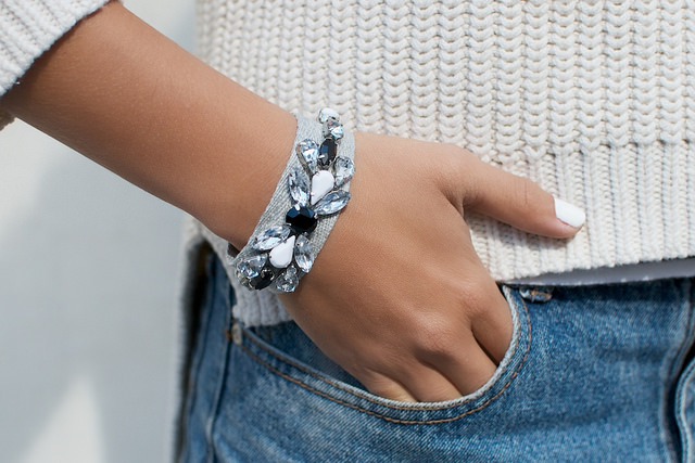 DIY JEWELED RIBBON BRACELETS