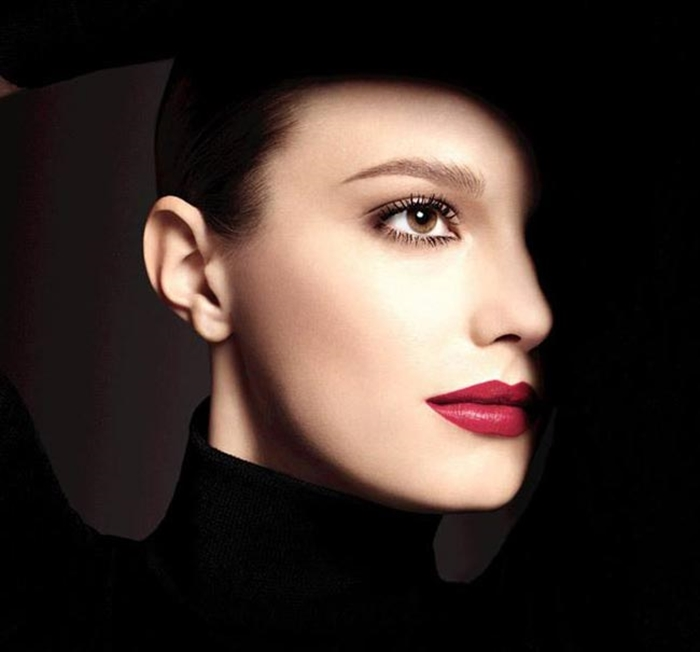 Chanel_Rouge_Allure_winter_2015_makeup_collection