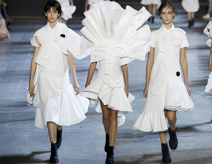 Viktor_and_Rolf_Couture_spring_summer_2016