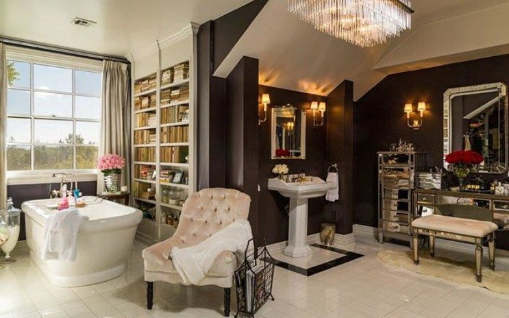 jlo-home-listing-beauty-salon