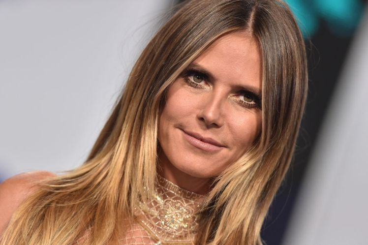 INGLEWOOD, CA - AUGUST 27:  Model Heidi Klum arrives at the 2017 MTV Video Music Awards at The Forum on August 27, 2017 in Inglewood, California.  (Photo by Axelle/Bauer-Griffin/FilmMagic)