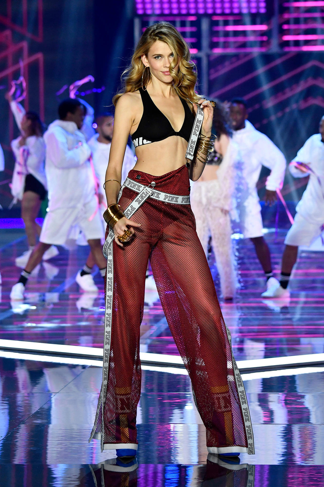 victorias-secret-fashion-show-2017-shanghai-4