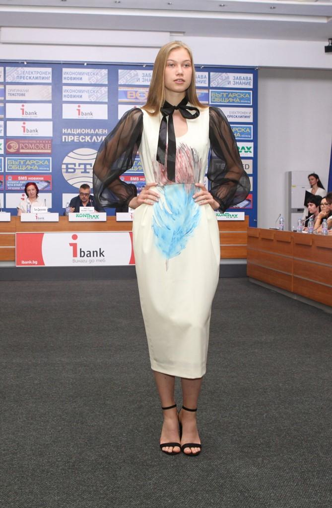 8_Fashion_Melody_Dilyana_Mateeva